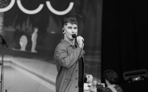 rob damiani don broco live