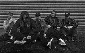 Escucha una nueva canción de While She Sleeps, 'Faker's Plague'
