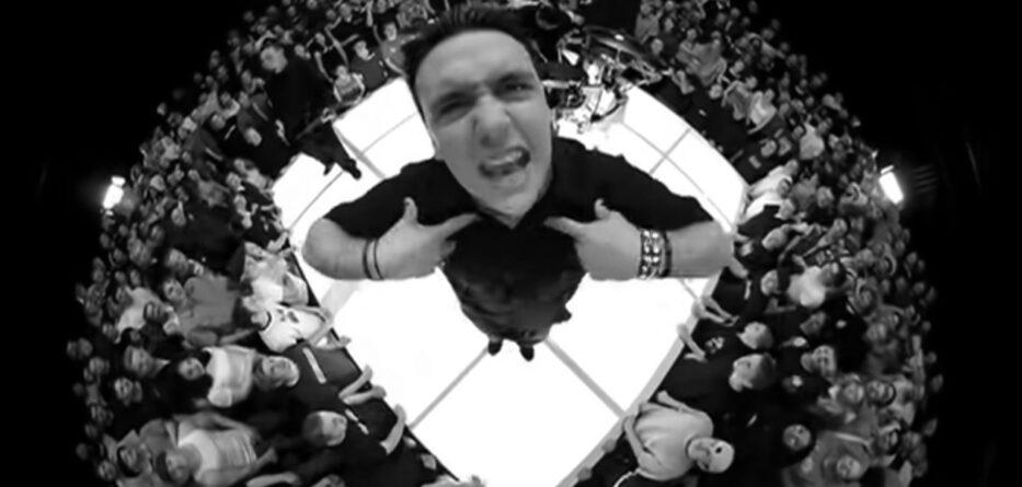 Papa Roach han regrabado 'Last Resort' con tres vocalistas diferentes